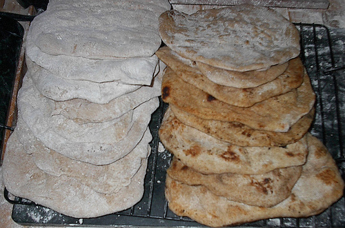 pita bread photo