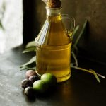 Top 10 Healthiest and Least Healthy Oils to Cook with